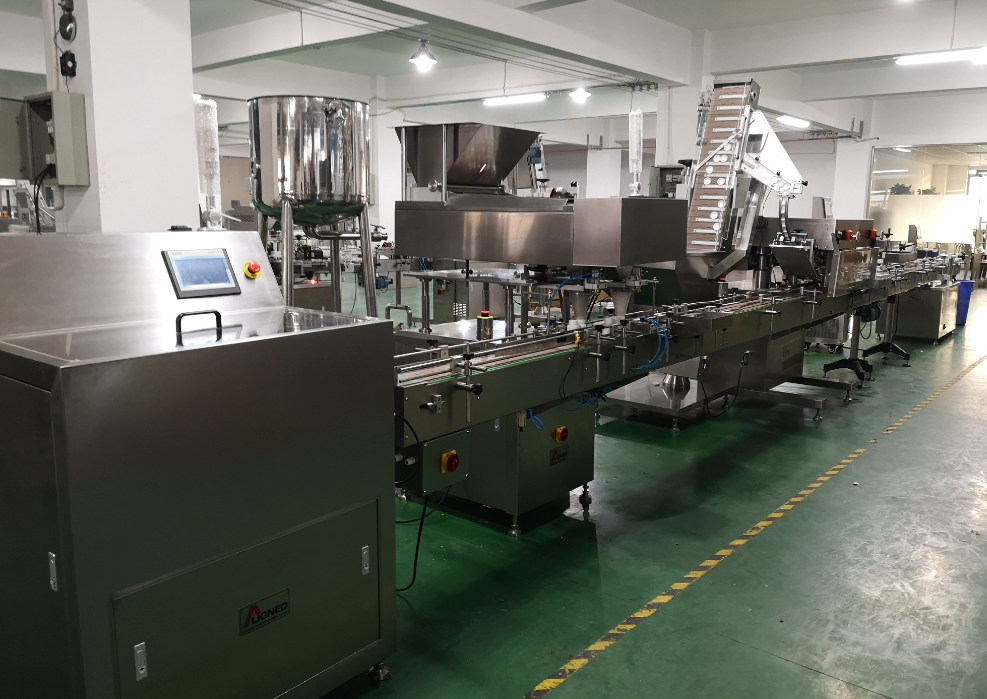 Automatic capsule and tablet counting production line
