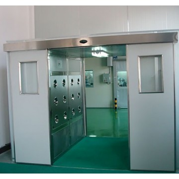 Cargo air shower
